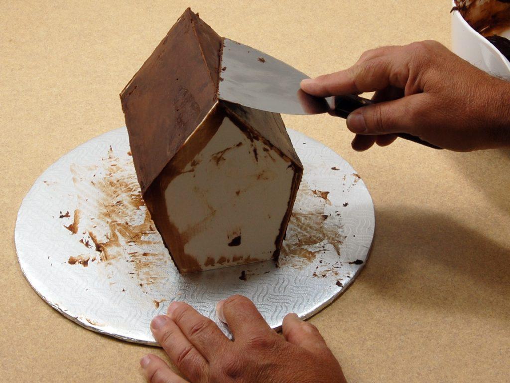 giles-birdhouse-cake-tutorial-step-11