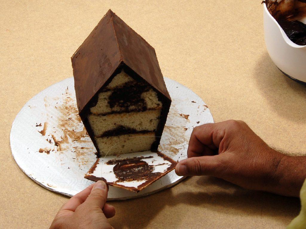 giles-birdhouse-cake-tutorial-step-12