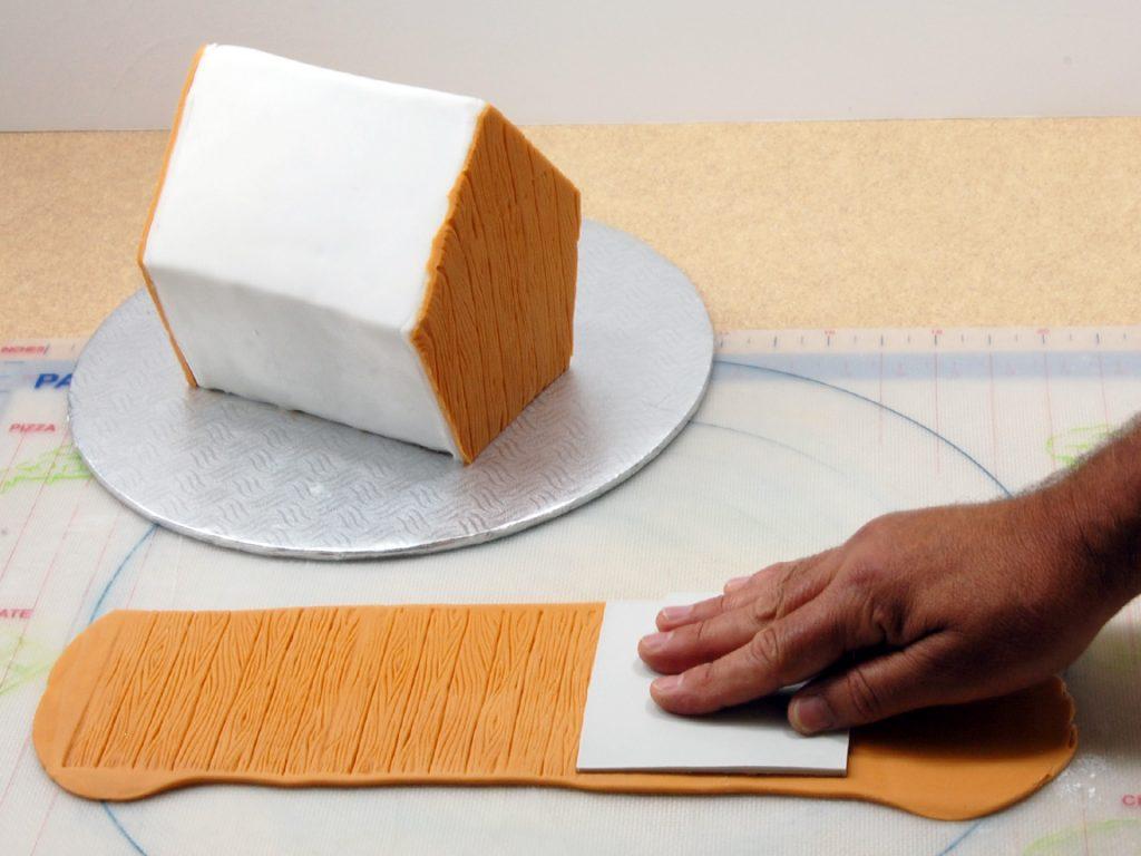 giles-birdhouse-cake-tutorial-step-17