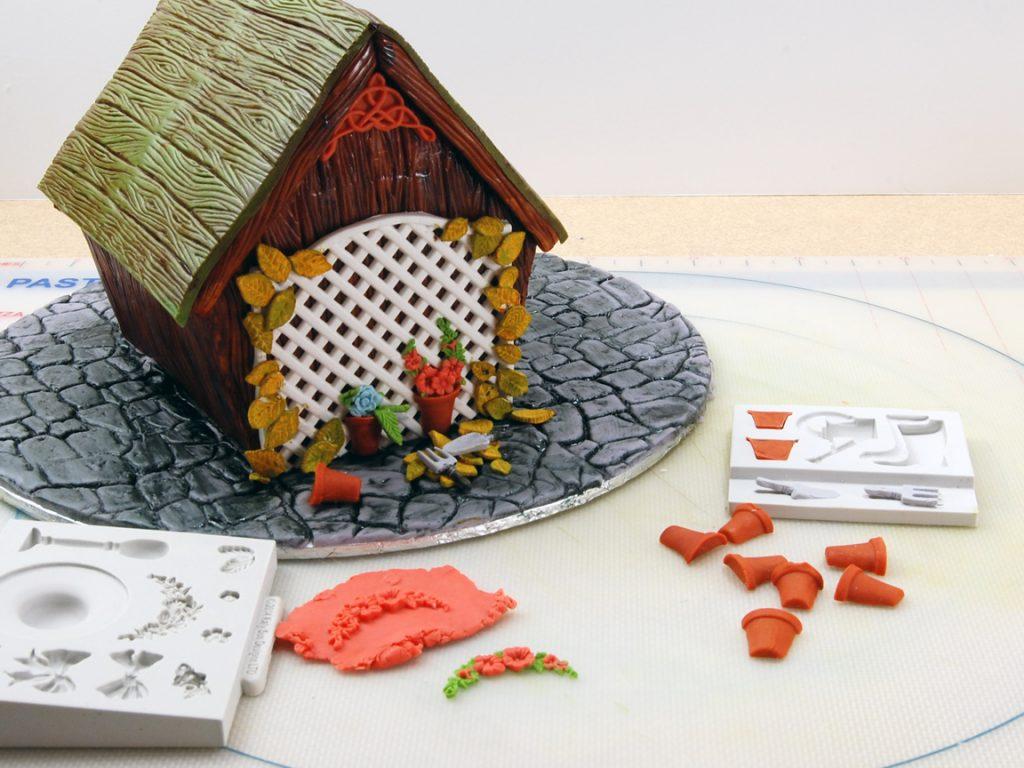 giles-birdhouse-cake-tutorial-step-29