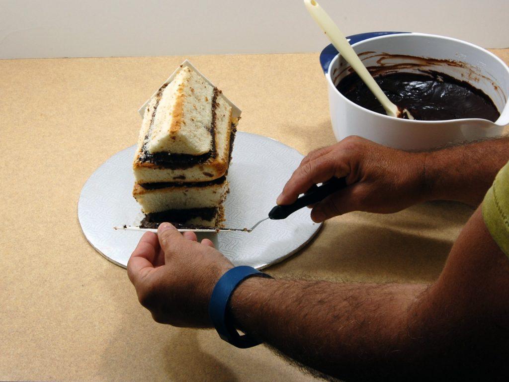 giles-birdhouse-cake-tutorial-step-8