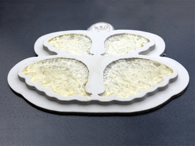 wings-silicone-cake-mould-glass-wings-for-cake