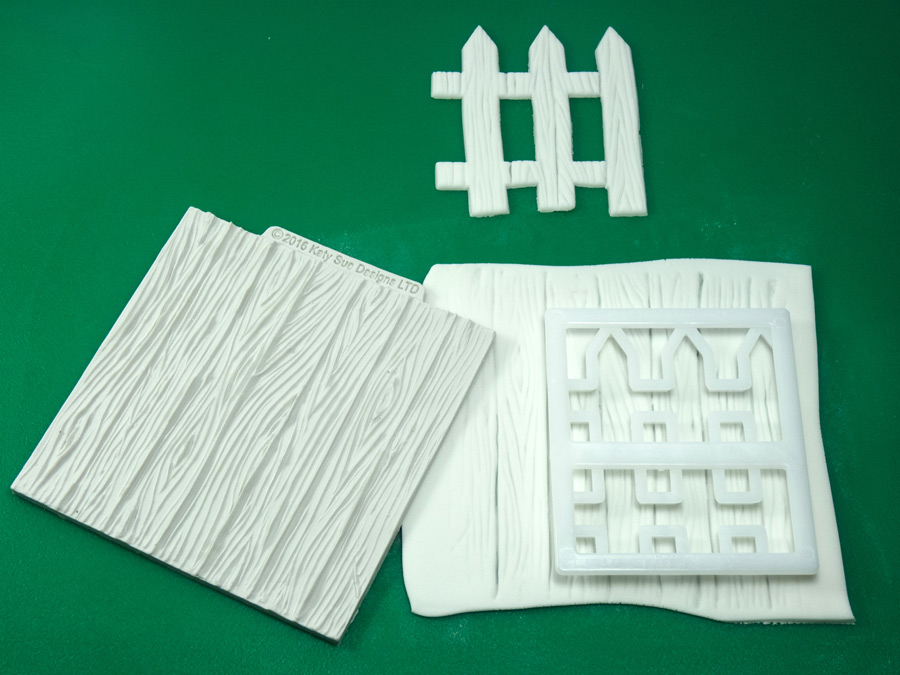 4-katy-sue-silicone-mould-wood-panel-fence