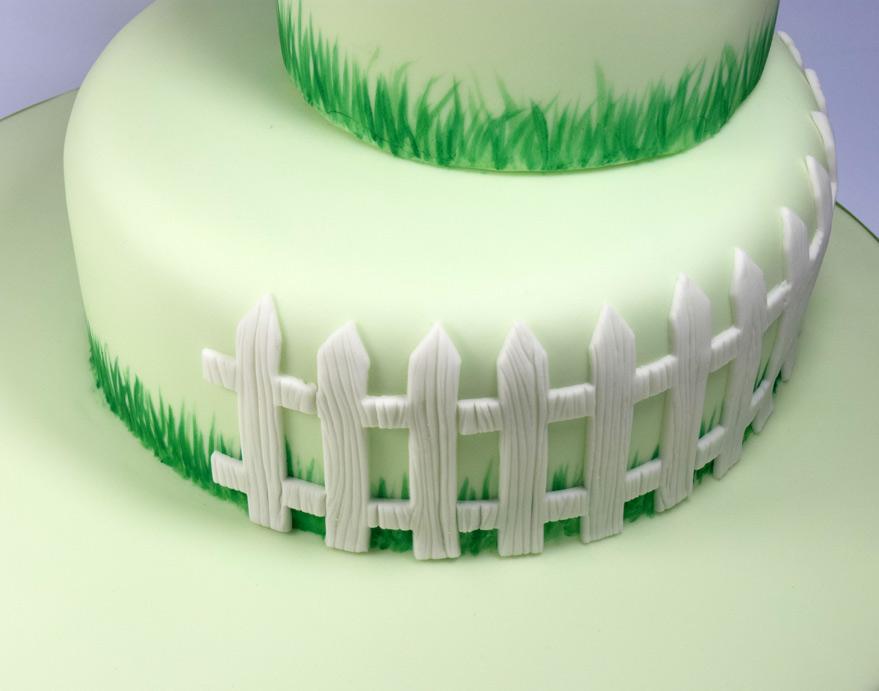 5-cake-fence